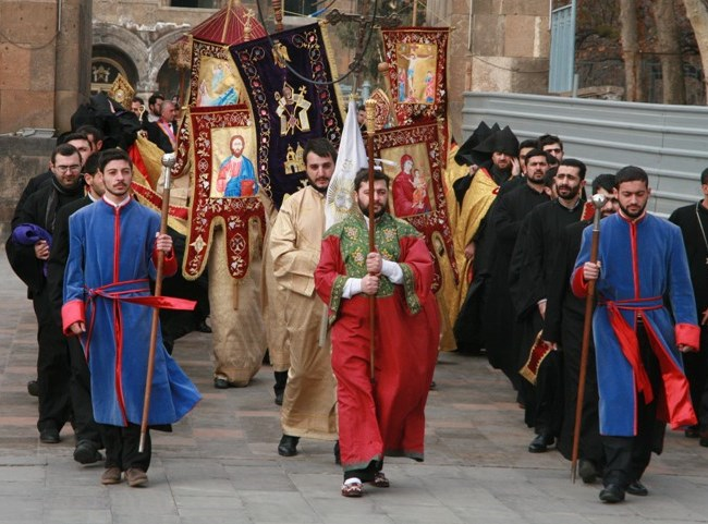 Armenia: Nativity and Theophany Procession in Yerevan